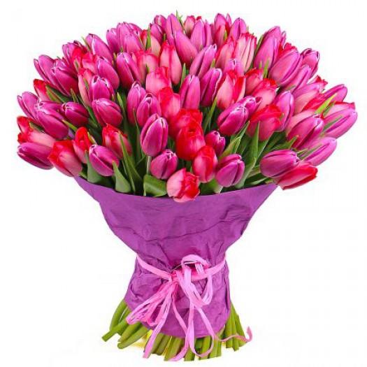 101 розовый тюльпан с оформлением