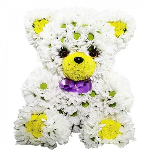 Медвежонок из живых цветов