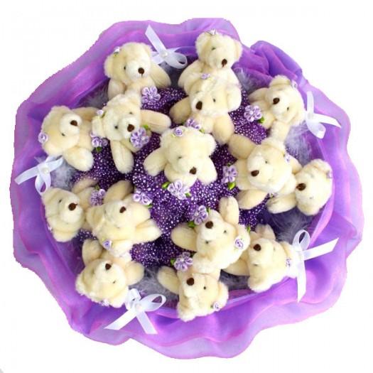 Букет из игрушек «15 фиолетовых медвежат»
