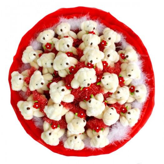 Букет из игрушек «29 алых медвежат»